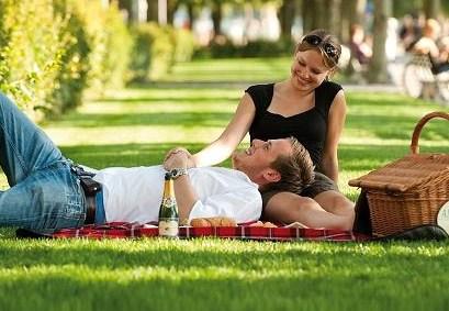 Massage 50 Met Erotische Picknick-23897