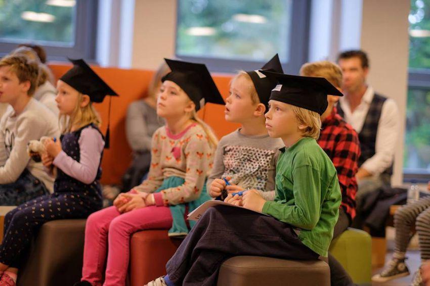 21 Jaartjes Vri Mary Studente Dordrecht Jong En Aan De Un-74000