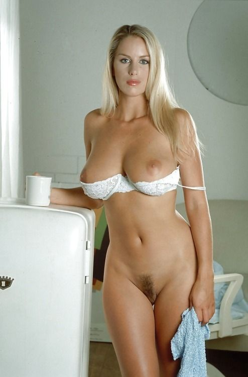 Blond Titts A Sexy And Hot Wat With Pussy Gorgeos Wet-55149