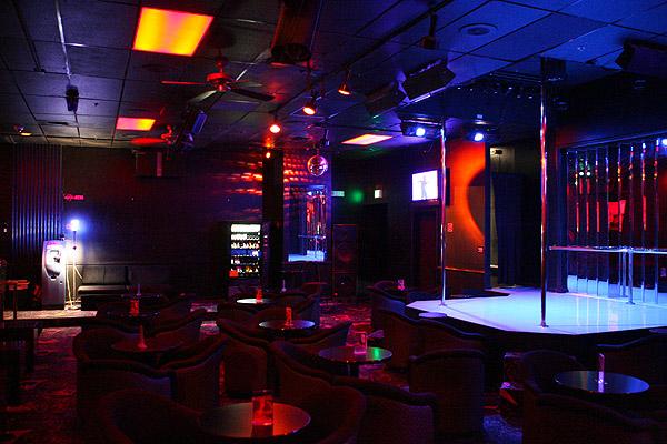 Clubs Washington Strip-53928